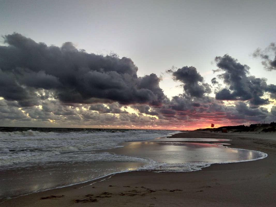 Sunset on beach, Atlántida, Uruguay