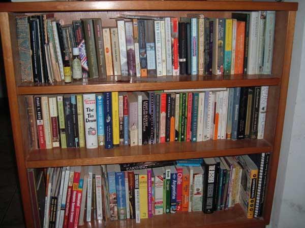 bookshelf-600